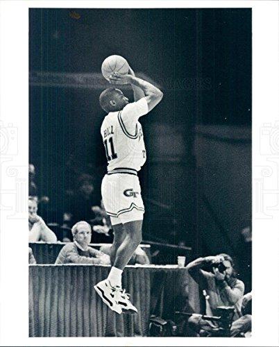 1990 Press Photo Georgia Tech Yellow Jacket Basketball Bryan Hill - - Georgia Yellow Tech Jackets 1990