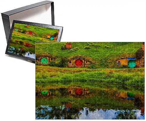 Photo Jigsaw Puzzle of Hobbit Houses, Hobbiton, North Island, New Zealand, Pacific