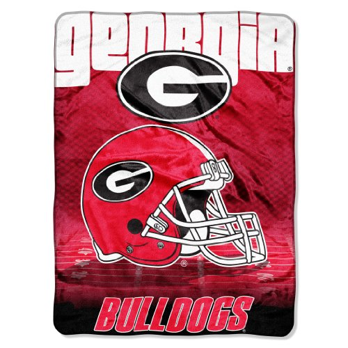 Ncaa georgia bulldogs 60 inch by 80 inch micro raschel for Georgia bulldog bedroom ideas