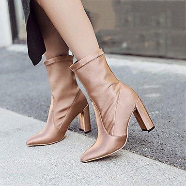 1888e9d437 La base de los zapatos garantiza el máximo confort. Es popular en varias  ocasiones. Para detalles sobre los zapatos, consulte la introducción del  producto.