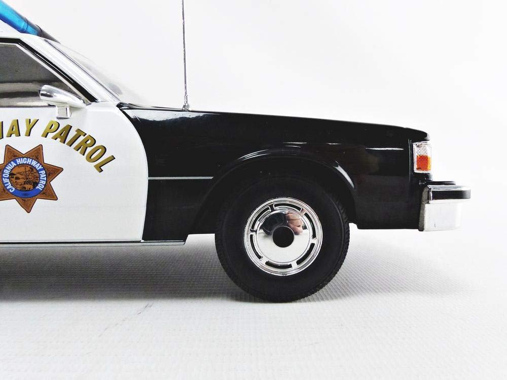 "1985 Chevrolet Caprice Classic /""Police Highway Patrol/"" 1:18 MC Group 18114"