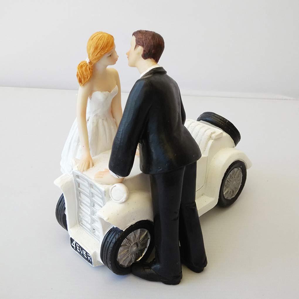 Bomcomi R/ésine mari/ée et Le mari/é Voiture Baiser poup/ée de Mariage Party Cartoon Forme de g/âteau D/écoration Figurines Couple Cake