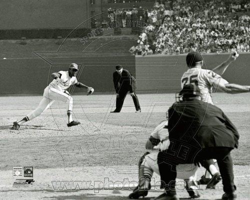 Bob Gibson Record Breaking 16th Strikeout 1968 World Series Game 1 8x10 Photo (Bob Gibson Memorabilia)