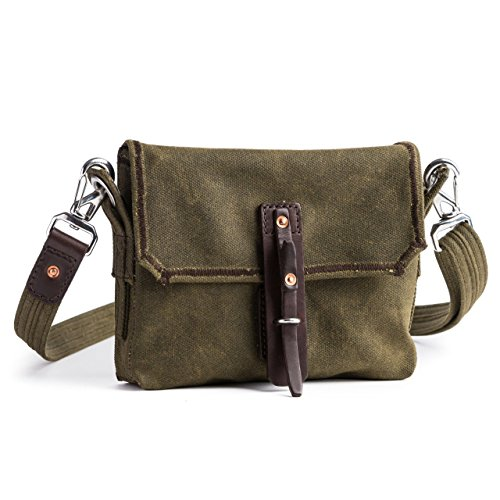 mountainback-small-waxed-canvas-gear-bag-by-saddleback-leather-small-canvas-and-leather-bag