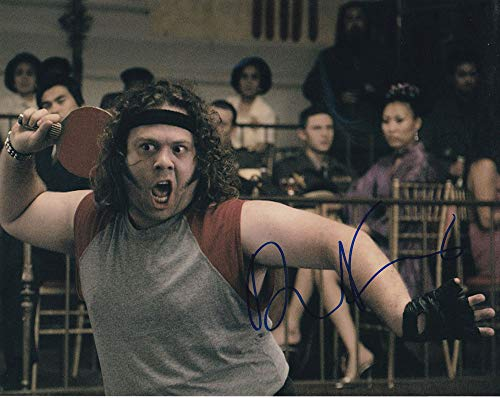 Dan Fogler in-person autographed photo from Sign Here Autographs