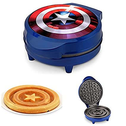 amazon com marvel captain america kids waffle maker kitchen dining