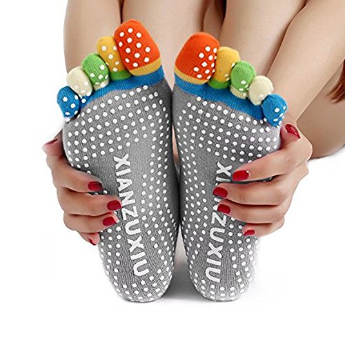 New Anti-slip Dot Organic Antimicrobial Wearable Cotton Colorful Toe Yoga Socks (Grey)