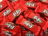 KitKat Crisp Wafers in Milk Chocolate Snack Size (Pack of 2 Pounds)