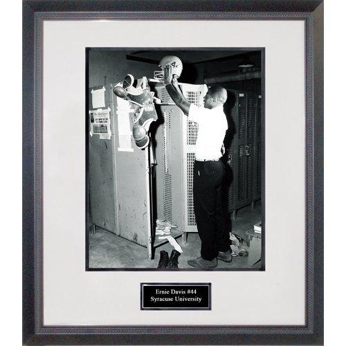 (Ernie Davis in Locker Room Framed 16x20 Photograph)