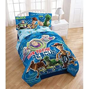 Amazon Com Toy Story Circles Twin Comforter Buzz