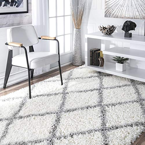 nuLOOM Cozy Soft and Plush Diamond Trellis Shag Area Rug, White, 5' 3