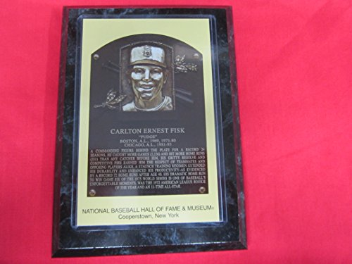 Carlton Fisk 2000 Hall of Fame Induction Postcard Plaque ()