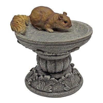 Design Toscano Hunter, the Woodland Squirrel Statue