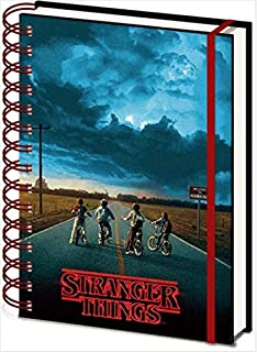 Cal-2020 Stranger Things Wkmnthly5x8: Amazon.es: Trends ...
