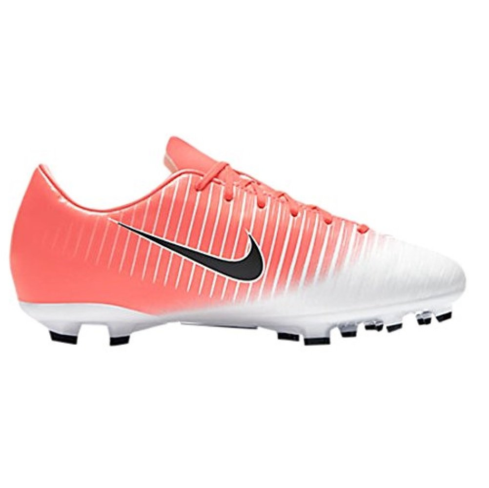 Best Rated in Women s Soccer Shoes   Helpful Customer Reviews ... 35b468fd34