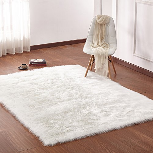 CHIC RUGZ 5X7 Fox OFFWHITE Suede Backing Faux Fur Living Room Area Rug, 5' x 7', Off-White