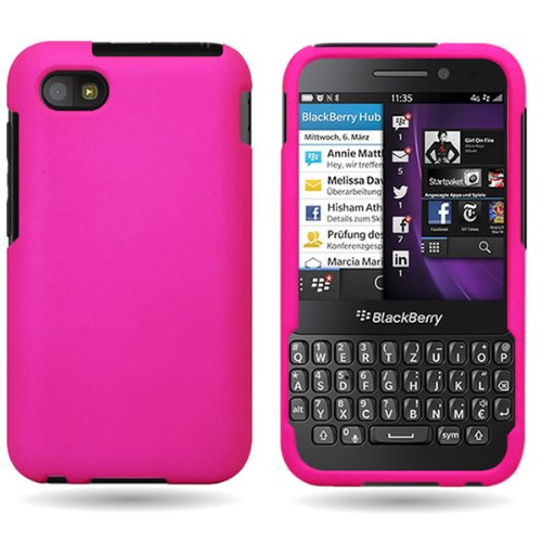 new product 3761e 46cee BlackBerry Q5 Case, CoverON [Snap Fit Series] Hard Rubberized Slim  Protective Phone Cover Case for BlackBerry Q5 - Hot Pink
