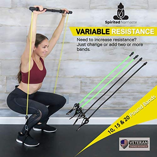 Spirited Namaste – Kit de entrenamiento portátil para pilates/yoga, barra corporal y palo para tonificar el hogar con 3 bandas de resistencia: accesorios, bandas de entrenamiento de suspensión con correa para el pie y banda de gimnasio de pilate 5