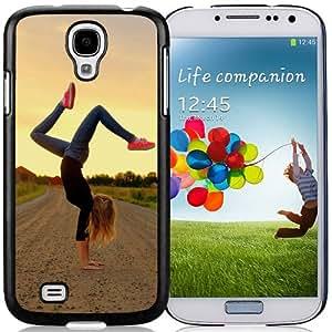 New Custom Designed Cover Case For Samsung Galaxy S4 I9500 i337 M919 i545 r970 l720 With Hand Stand On The Road Girl Mobile Wallpaper.jpg