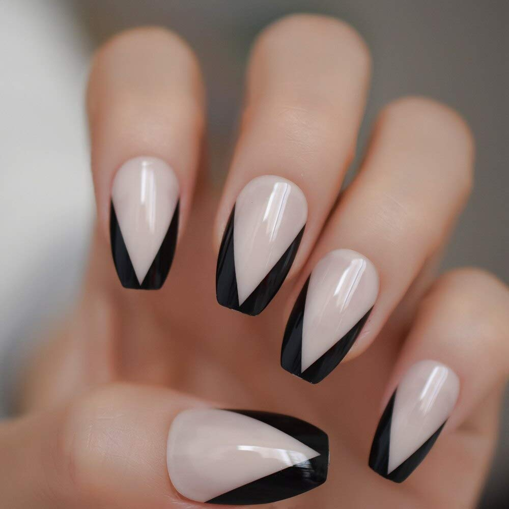 French nails Black
