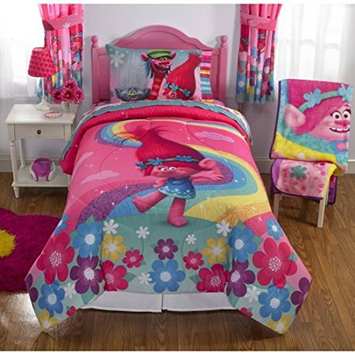 Dreamworks Trolls Show Me a Smile Reversible Twin Full Bedding Comforter