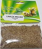 La linaza es la semilla de la planta Linum usitatissimum. Se obtiene de la planta del lino; lo que se aprovecha es la semilla, a la que se conoce como linaza. Se puede conseguir en varias presentaciones, como aceite, en tabletas, molida y la ...
