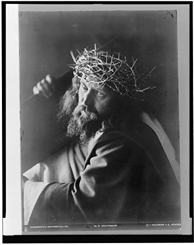 1910 Photo Passionsspiele Oberammergau--Kreuztragung Man personifying Jesus Christ, wearing crown of thorns, and carrying cross. (Jesus Christ Carrying Cross)