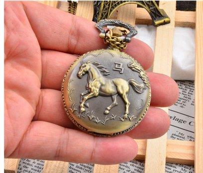 Auténtico 12 Zodiac de bolsillo FAIRWHALE retro de hombres y mujeres con relojes de regalo de cumpleaños un reloj: Amazon.es: Relojes