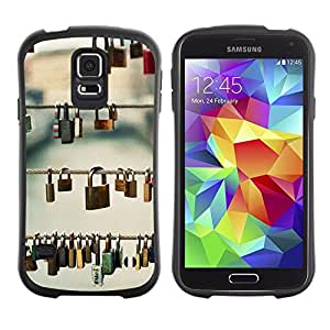"Pulsar iFace Series Tpu silicona Carcasa Funda Case para Samsung Galaxy S5 , Significado Profundo Metáfora Praga Amor"""