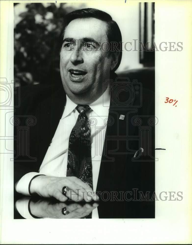 Vintage Photos 1992 Press Photo Doctor Damaso Oliva, Hispanic Chamber of Commerce Chairman