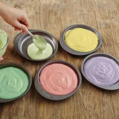 Wilton/® Easy Layer 15cm Cake Pan Set To Bake 5 Cakes At Once For Rainbow Cakes