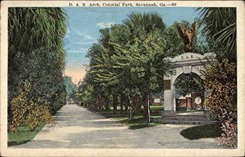 D. A. R. Arch - Colonial Park Savannah, Georgia Original Vintage Postcard