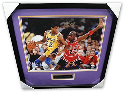 Magic Johnson Hand Signed Autographed 16x20 Photo W/Michael Jordan framed