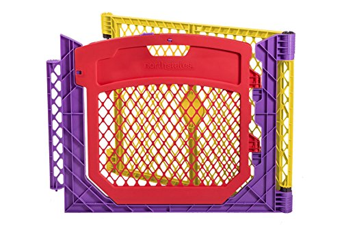 north-states-superyard-colored-play-door-with-2-panel-extension