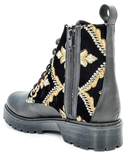Stokton Women's Combat Boots UAyJMP