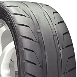 Nitto NT05 High Performance Tire - 275/40R17  98Z