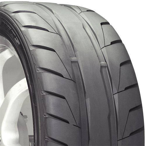 Nitto NT05 High Performance Tire - 275/40R20  106Z
