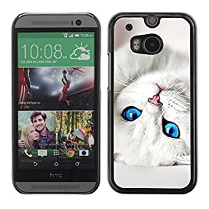 Caucho caso de Shell duro de la cubierta de accesorios de protección BY RAYDREAMMM - HTC One M8 - Cute Baby Kitten Cat Eyes White Pet