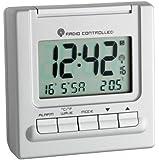 Wetterladen Bergamo 98.1087.54 - Radiodespertador con termómetro, color plata