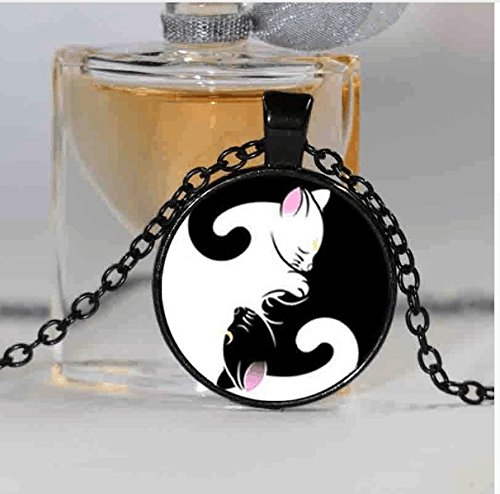 New Glass Dome Necklace Sailor Moon - Luna Artemis Inspired Necklace Yin Yang Jewelry Glass Cabochon Necklace (2)