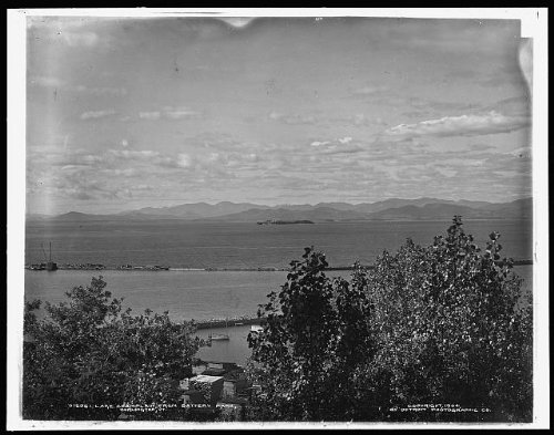 Photo: Lake Champlain,mountains,water bodies,Battery - Burlington Shopping Vermont