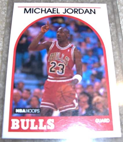 efdd81f7e9e Amazon.com  1989 NBA Hoops Michael Jordan   200 NBA Basketball Card  Sports  Collectibles