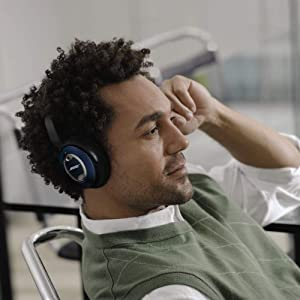 Bose QuietComfort 15 Acoustic Noise Cancelling Headphones - Limited Edition (Discontinued) (Discontinued by Manufacturer)
