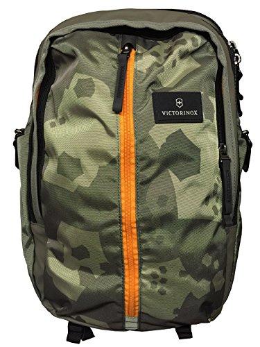 - Victorinox Altmont 3.0 Vertical-Zip Laptop Backpack (Green Camouflage)