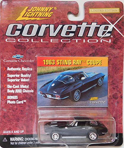 (Johnny Lightning 1963 Sting Ray Coupe (Black) Corvette Collection )