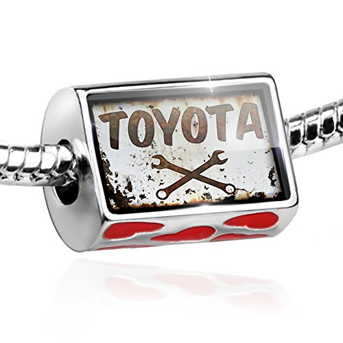 bead-rusty-old-look-car-toyota-charm-with-hearts-by-neonblond
