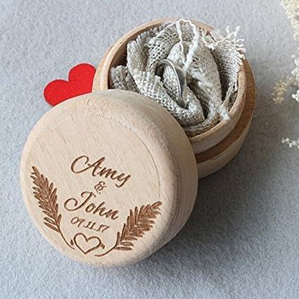 Vintage personalizado Novia y novio nombre Custom caja de anillos de boda rústico de madera caja