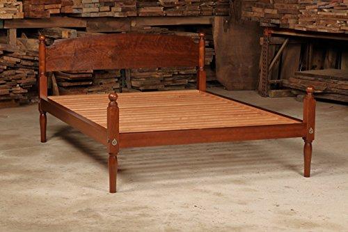 Walnut Low Post Queen Size Bed (Ash Slat)
