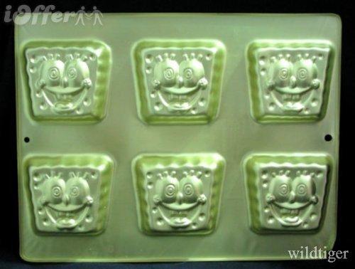 Wilton SpongeBob Square Pants Mini Treats Cupcake Brownie Cookie Cake Pan Mold ~ Large 6 Cavity Size (2105-5133, 2004) ()