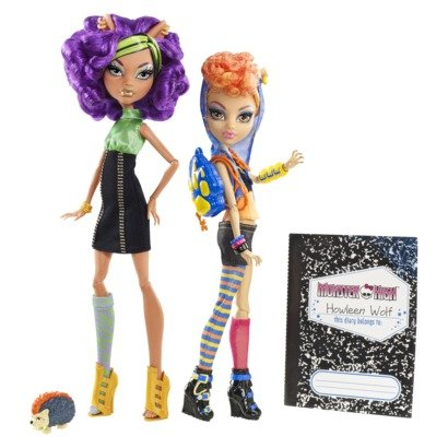 Amazoncom Monster High Wolf sisters Clawdeen and Howleen Wolf